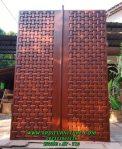 Pintu Kupu Tarung Model Anyaman Bambu Kayu Jati